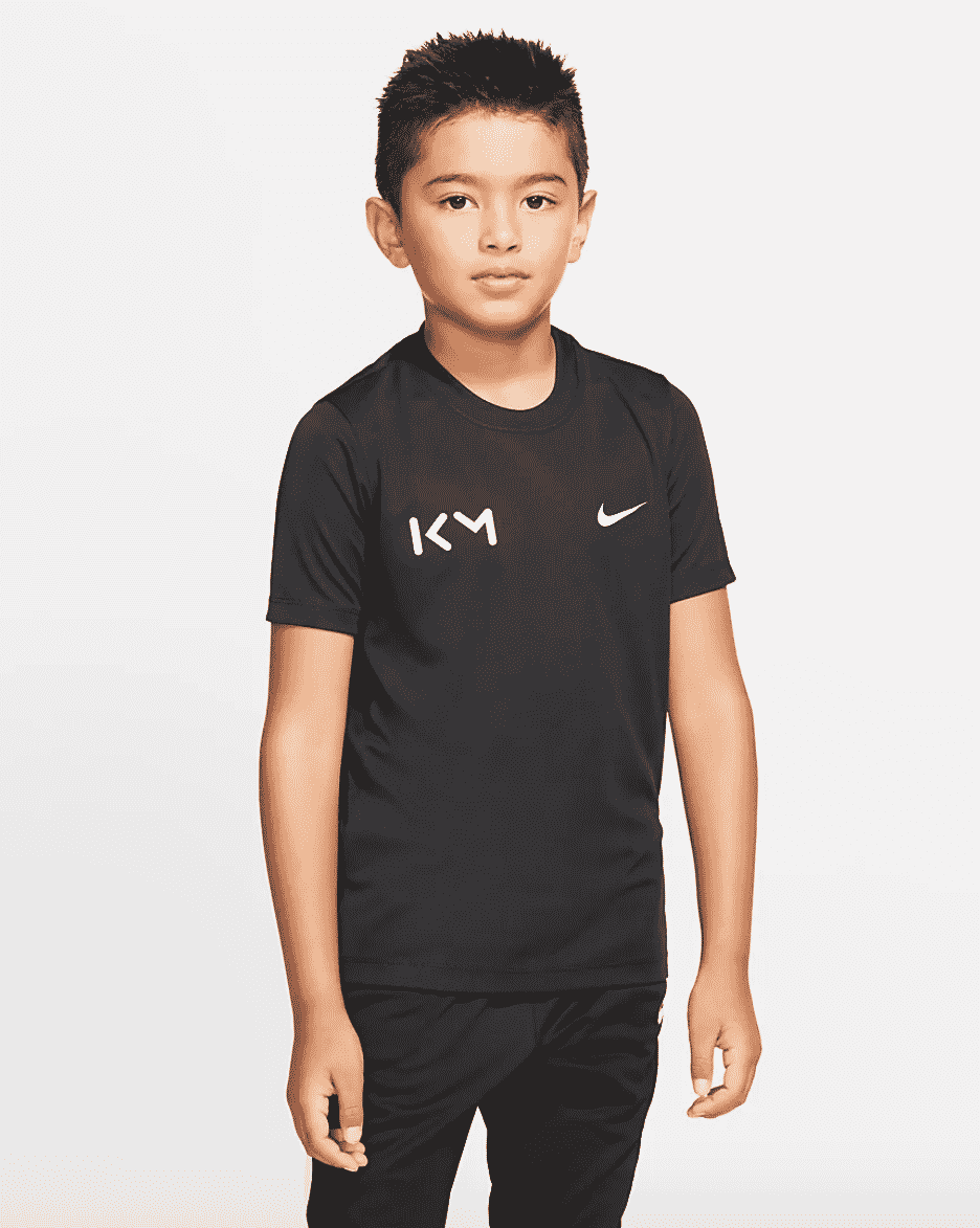 collection-nike-kylian-mbappe-enfant-4