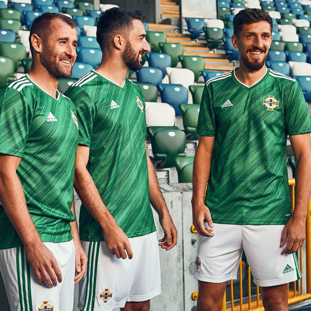 maillot-irlande-du-nord-euro-2020-adidas
