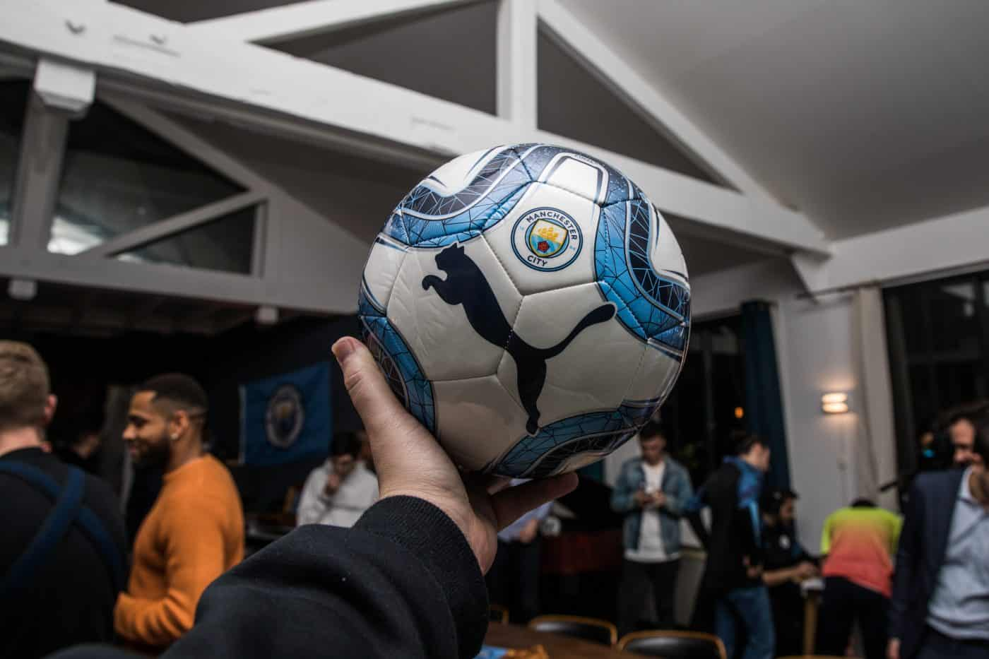 soiree-blue-moon-manchester-city-puma-footpack-12