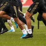 Les chaussures de FC Barcelone / Real Madrid