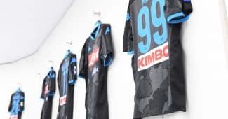 Image de l'article Un nouveau maillot pour Naples en hommage aux quartiers de la ville