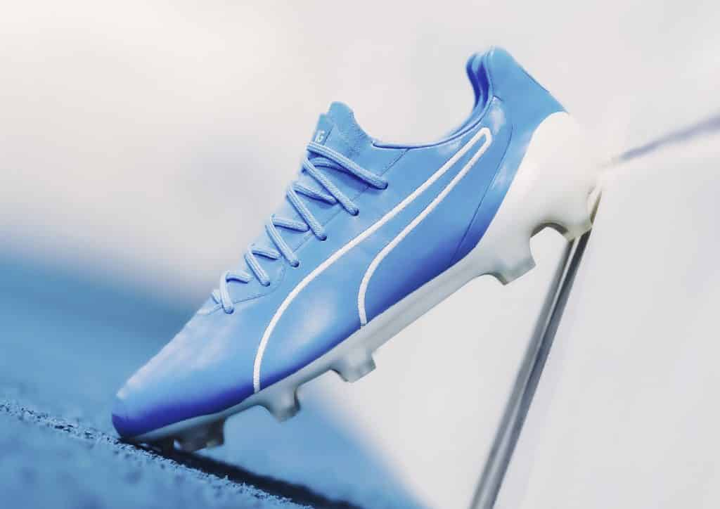 Un nouveau coloris bleu et blanc pour la Puma King Platinium