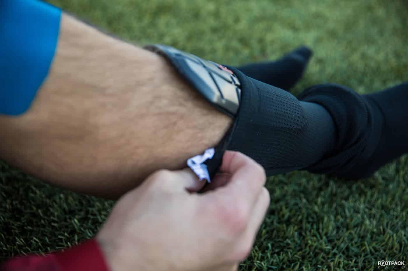 test-avis-protege-tibias-g-form-footpack-4