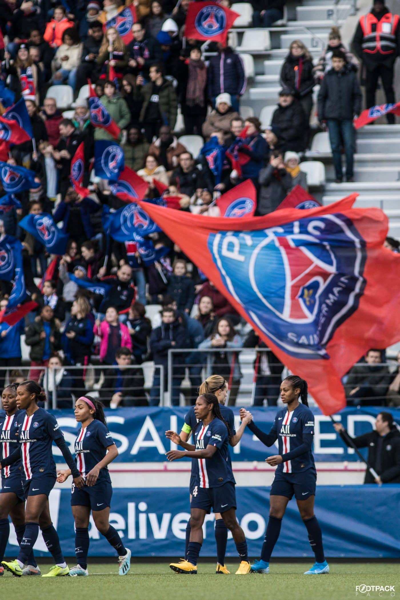 au-stade-paris-saint-germain-psg-olympique-de-marseille-d1-feminine-arkema-footpack-18