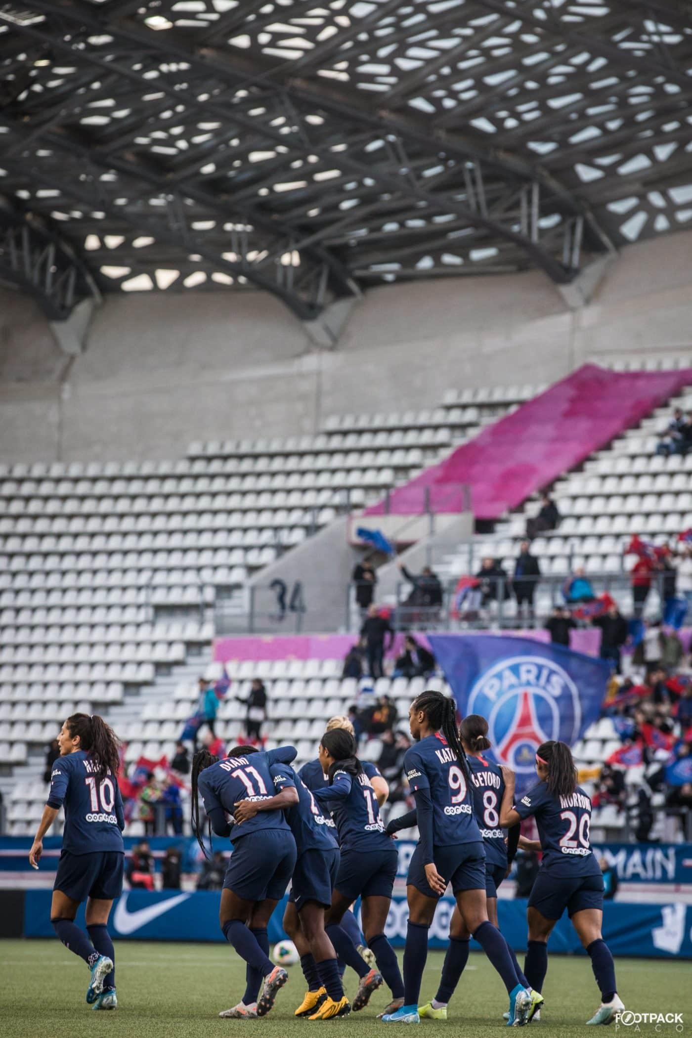 au-stade-paris-saint-germain-psg-olympique-de-marseille-d1-feminine-arkema-footpack-21