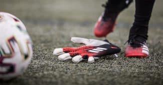 Image de l'article adidas présente son tout nouveau gant Predator Pro 20