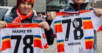 Image de l'article Le FSV Mayence célèbre le carnaval avec un maillot spécial