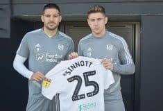 Image de l'article Les clubs de foot du Monde entier offrent des maillots floqués au nom de Jordan Sinnott