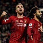La vente aux enchères des maillots de Liverpool explose les records de dons