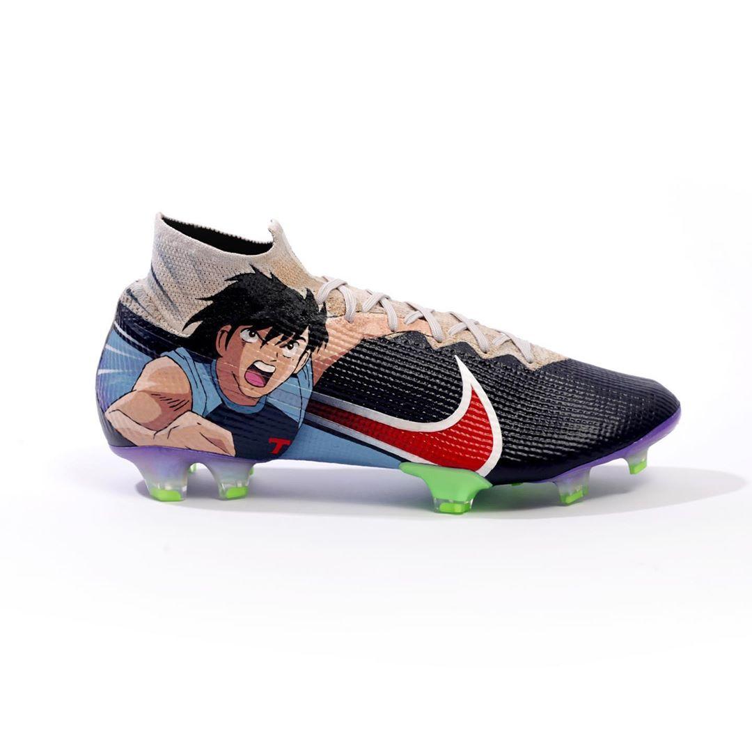 Des Nike Mercurial Superfly aux couleurs d'Olive et Tom