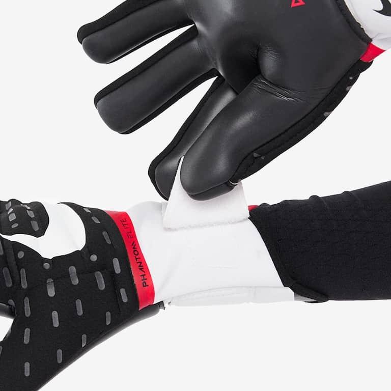 nike-phantom-elite-gloves-3