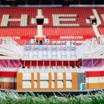 LEGO dévoile une réplique en 3898 pièces du stade d'Old Trafford
