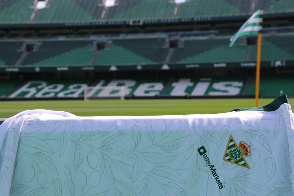 maillot-betis-seville-journee-de-andalousie-kappa-1
