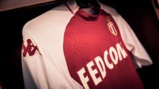 Image de l'article Face à Angers, Monaco a porté un maillot Kappa inspiré des années 2000