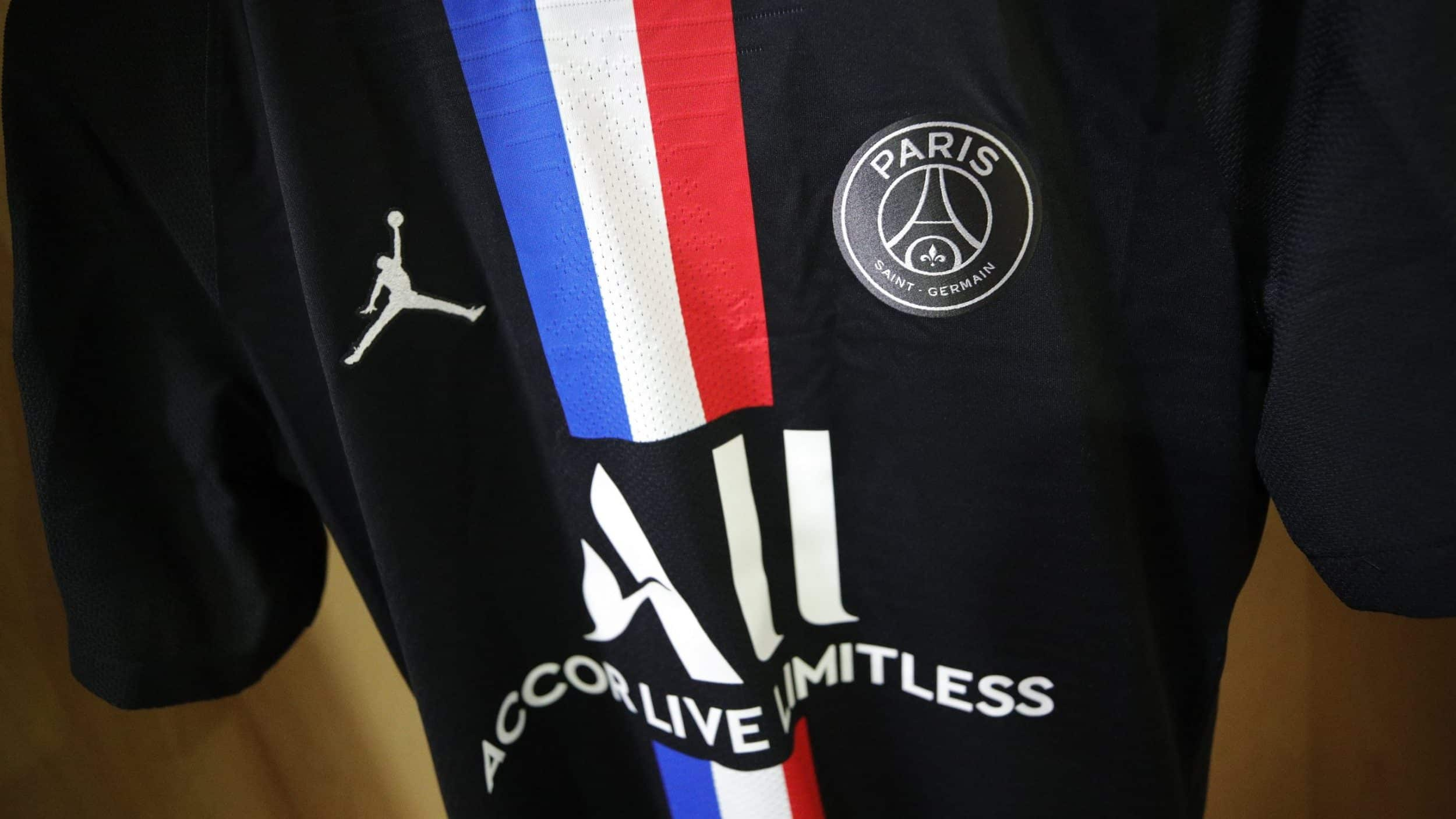 Quel maillot pour le PSG contre le Borussia Dortmund !