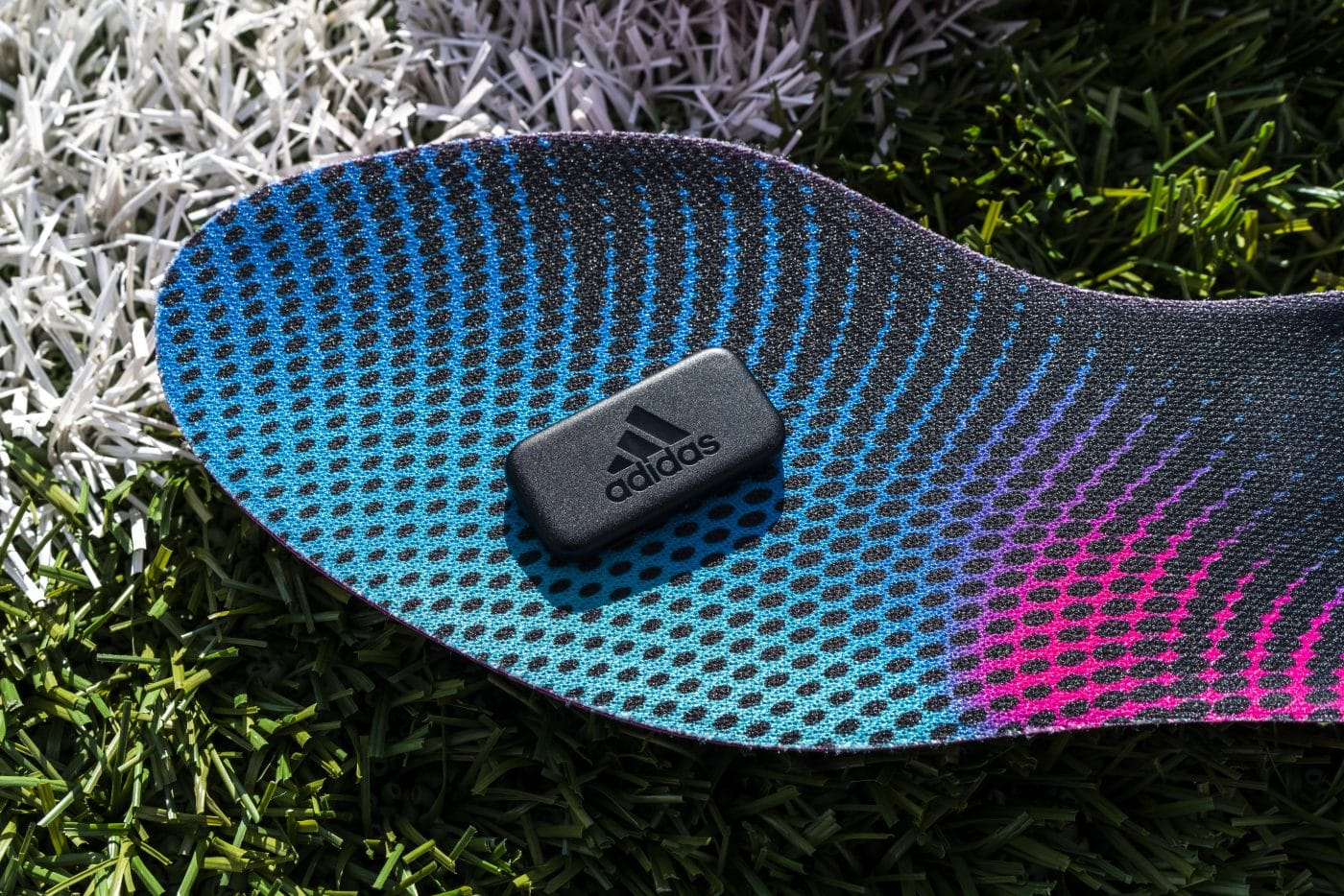 adidas-GMR-semelle-chaussures-de-foot-ea-sports-footpack-7