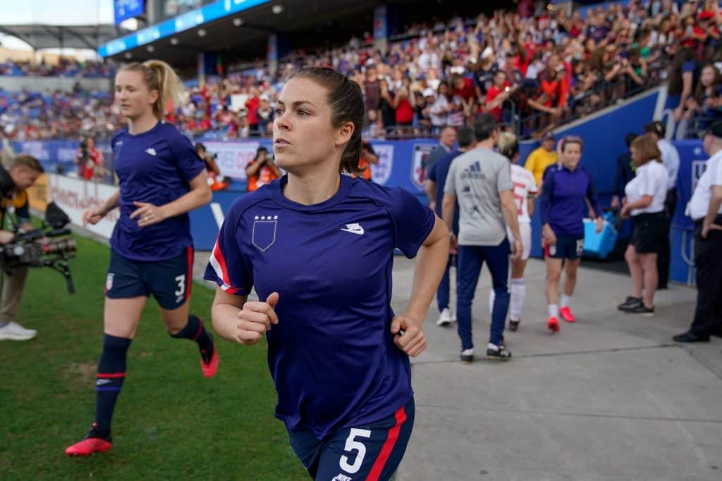joueuses-americaines-maillot-a-l-envers-shes-believes-cup