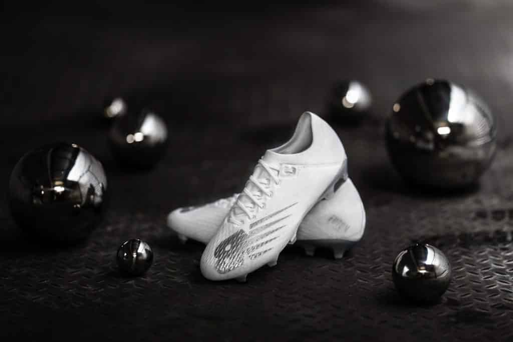 new-balance-furon-V6-Twisted-silver-8