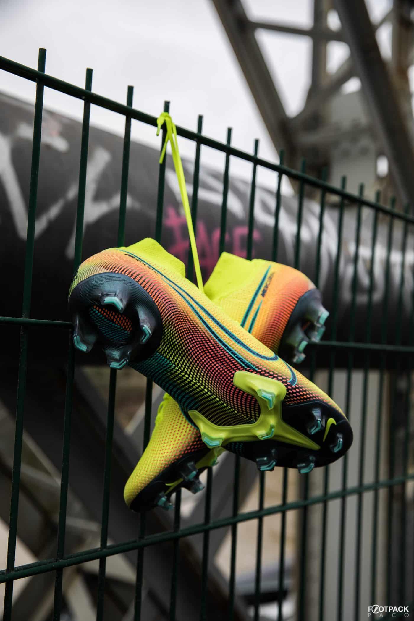nike-mercurial-dream-speed-002-mbappe-cristiano-ronaldo-footpack-8