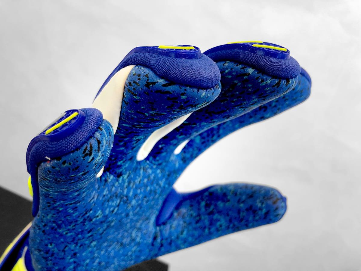 gants-gardiens-reusch-attrakt-ltd-4