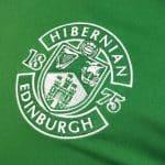 Un hommage aux soignants sur le maillot 2020-2021 de Hibernian