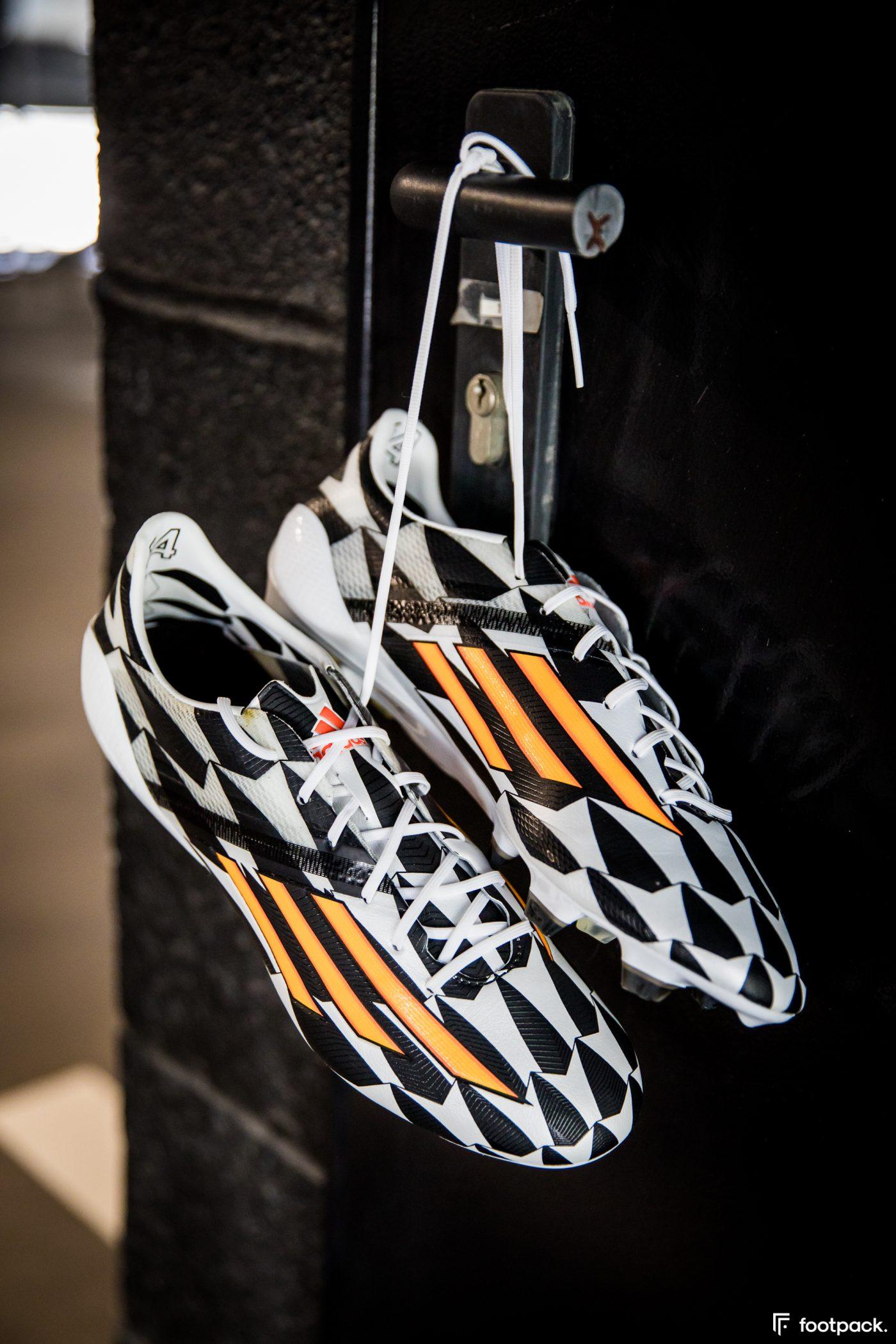adidas-F50-adizero-battle-pack-coupe-du-monde-2014-footpack-10