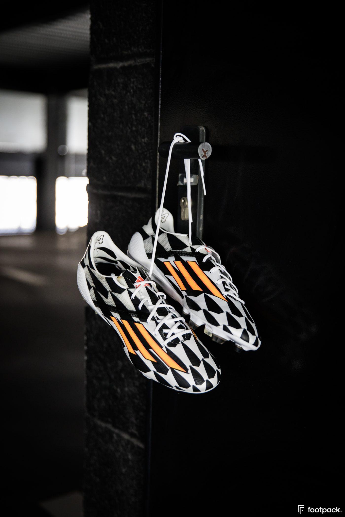 adidas-F50-adizero-battle-pack-coupe-du-monde-2014-footpack-11