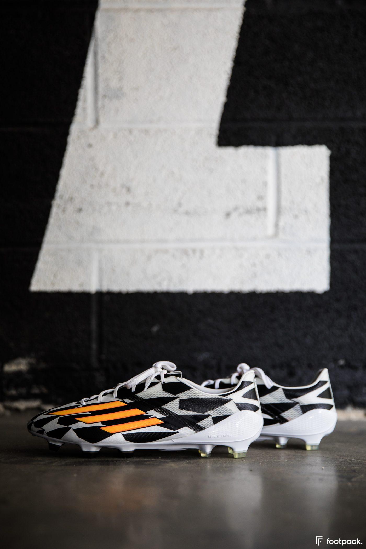 adidas-F50-adizero-battle-pack-coupe-du-monde-2014-footpack-2