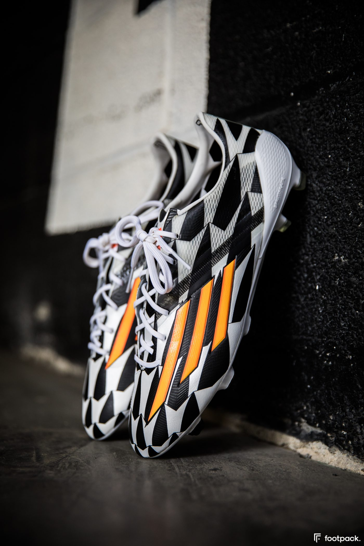 adidas-F50-adizero-battle-pack-coupe-du-monde-2014-footpack-5