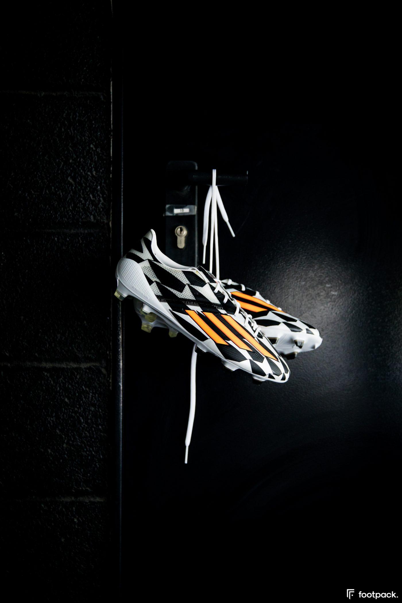 adidas-F50-adizero-battle-pack-coupe-du-monde-2014-footpack-6