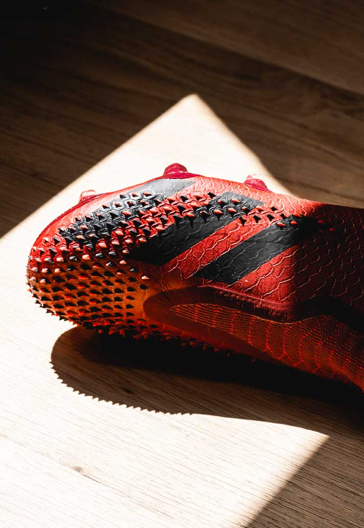chaussures-foot-adidas-predator-20-dragon-2
