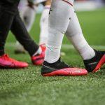 90% des footballeurs européens portent des crampons Nike ou adidas – Infographie footpack.