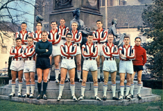 Image de l'article Le championnat hollandais dévoile un classement des plus beaux maillots de son histoire