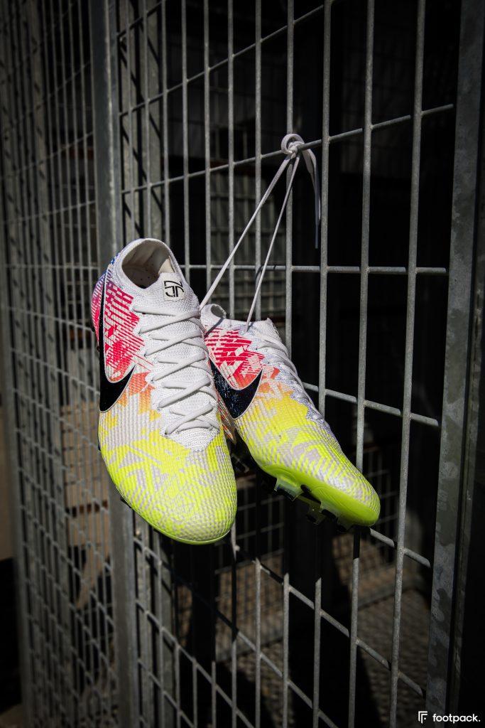 nike-mercurial-vapor-13-neymar-jogo-prismatico-footpack-25