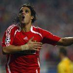 Benfica se plie au jeu de la série HomeTeam collection d'adidas