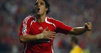 Image de l'article Benfica se plie au jeu de la série HomeTeam collection d'adidas