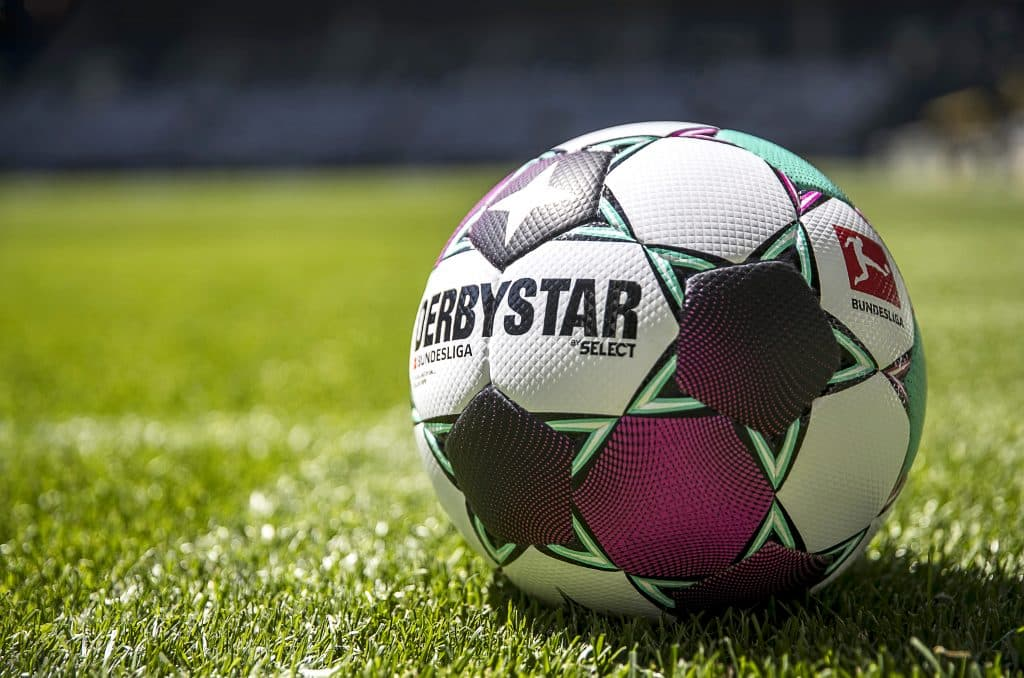 ballon-bundesliga-2020-2021-select-derbystar