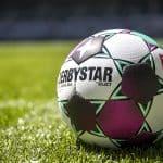 Select dévoile le ballon officiel de la Bundesliga pour 2020-2021