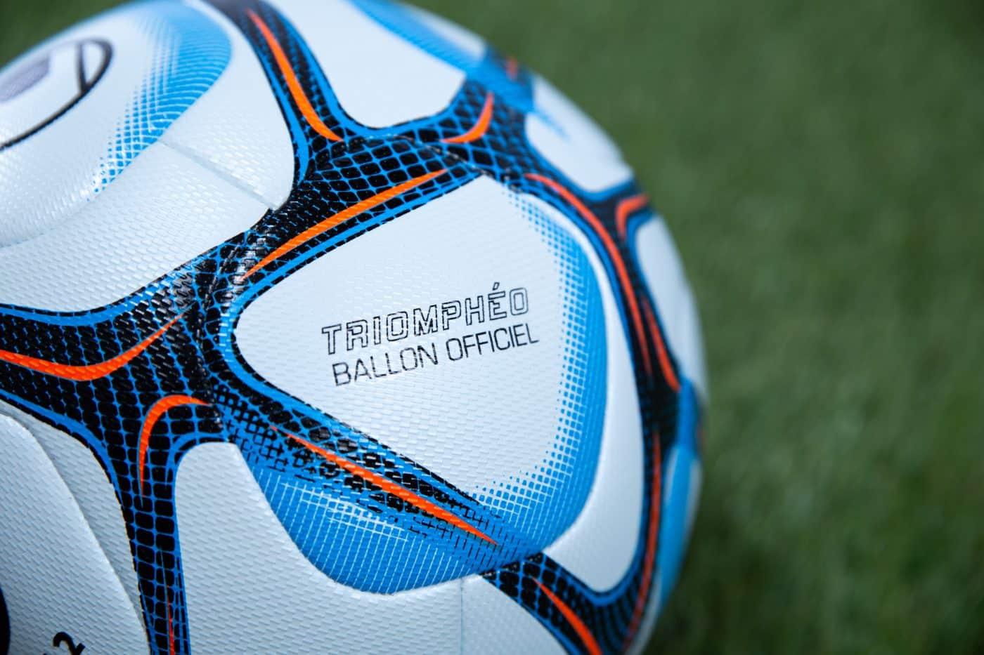 ballon-ligue-2-bkt-2020-2021-1
