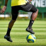 Quand un joueur du FC Nantes porte des crampons Pantofola D'Oro