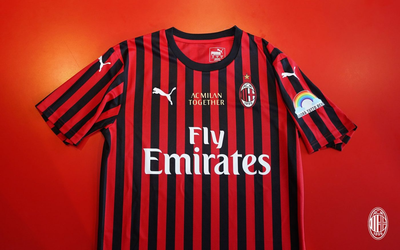 maillot-ac-milan-personnel-soignant-hopitaux