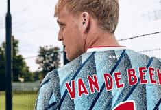 Image de l'article L'Ajax Amsterdam et adidas présentent les maillots 2020-2021