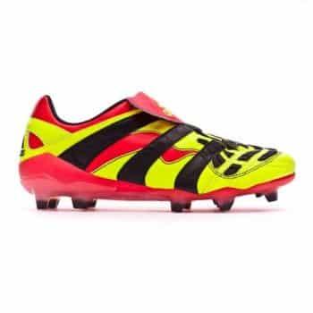 Chaussure actuelle de Mesut Özil