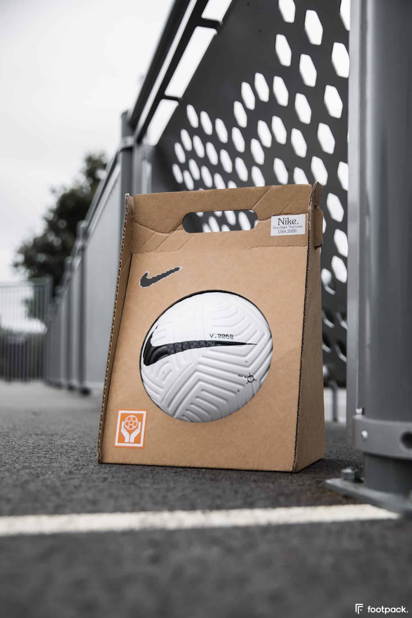 ballon-nike-flight-premier-league-serie-a-footpack-1