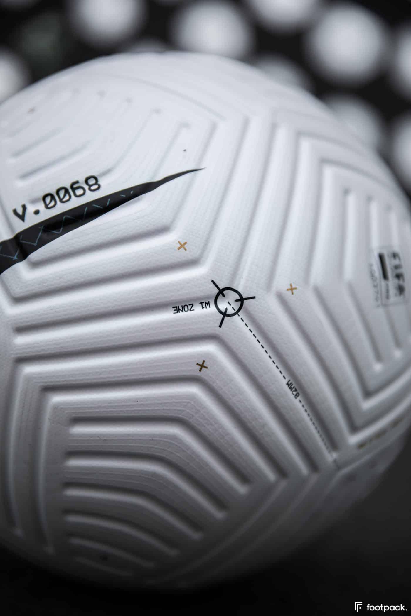 ballon-nike-flight-premier-league-serie-a-footpack-14