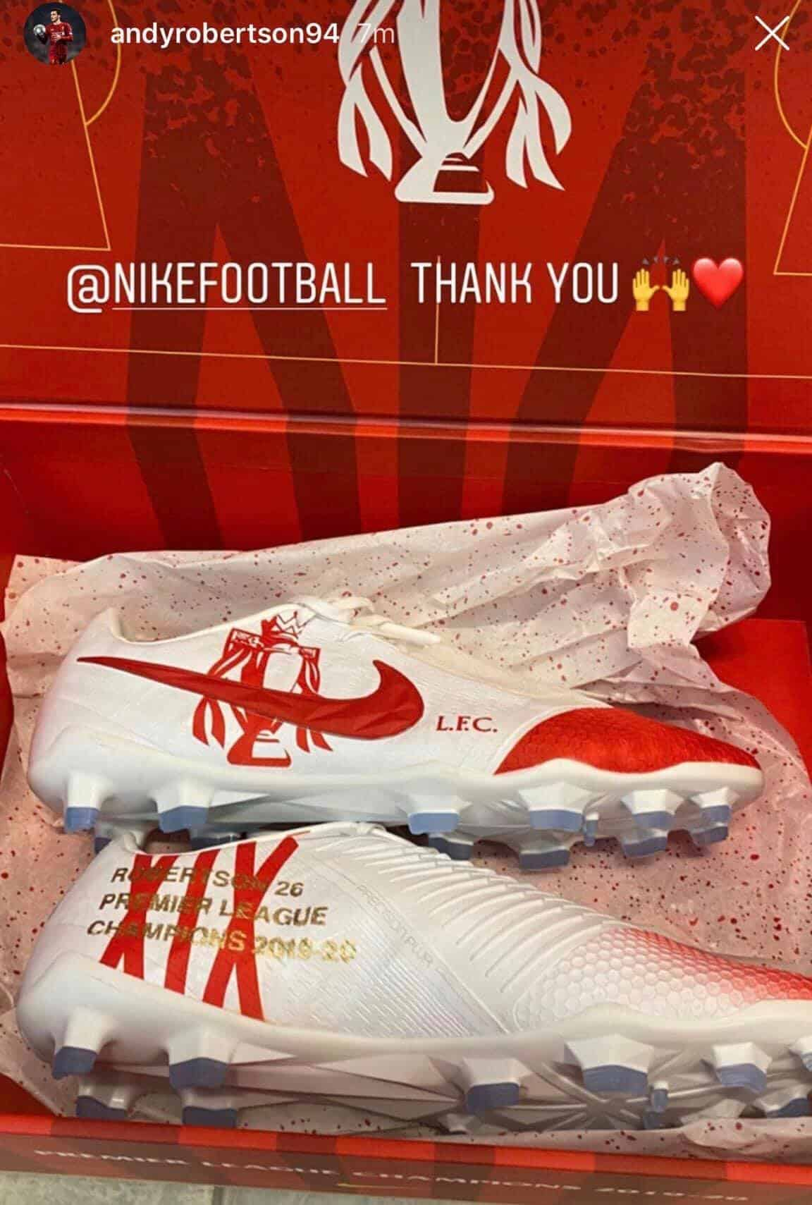 chaussures-nike-joueurs-de-liverpool-champion-andy-robertson