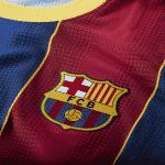Le FC Barcelone et Nike lancent les maillots 2020-2021