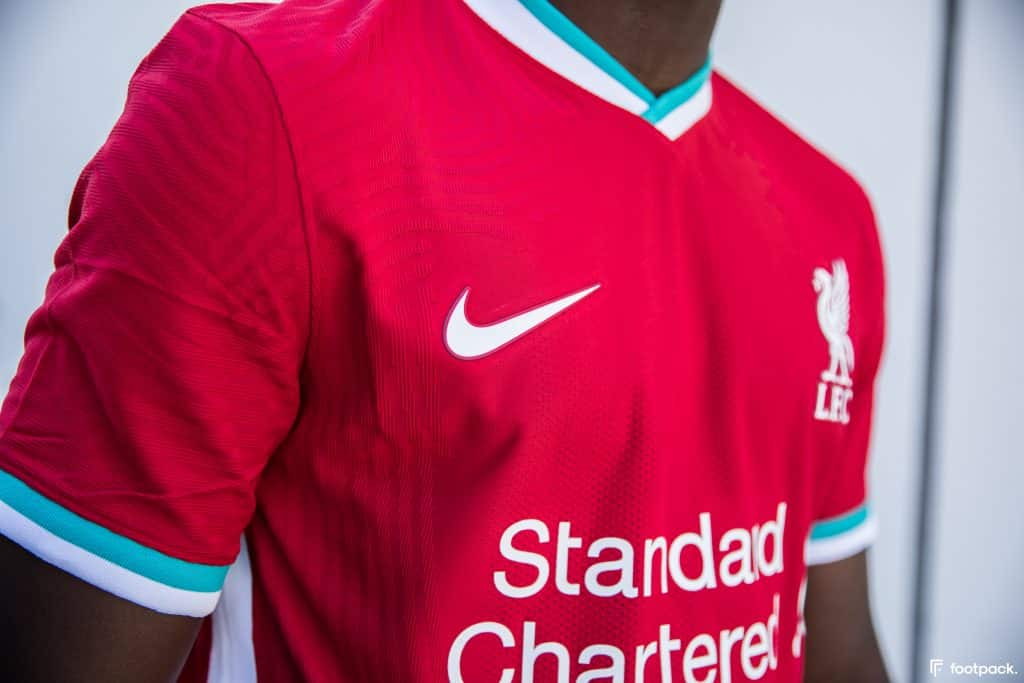 maillot-domicile-liverpool-2020-2021-nike-footpack-9