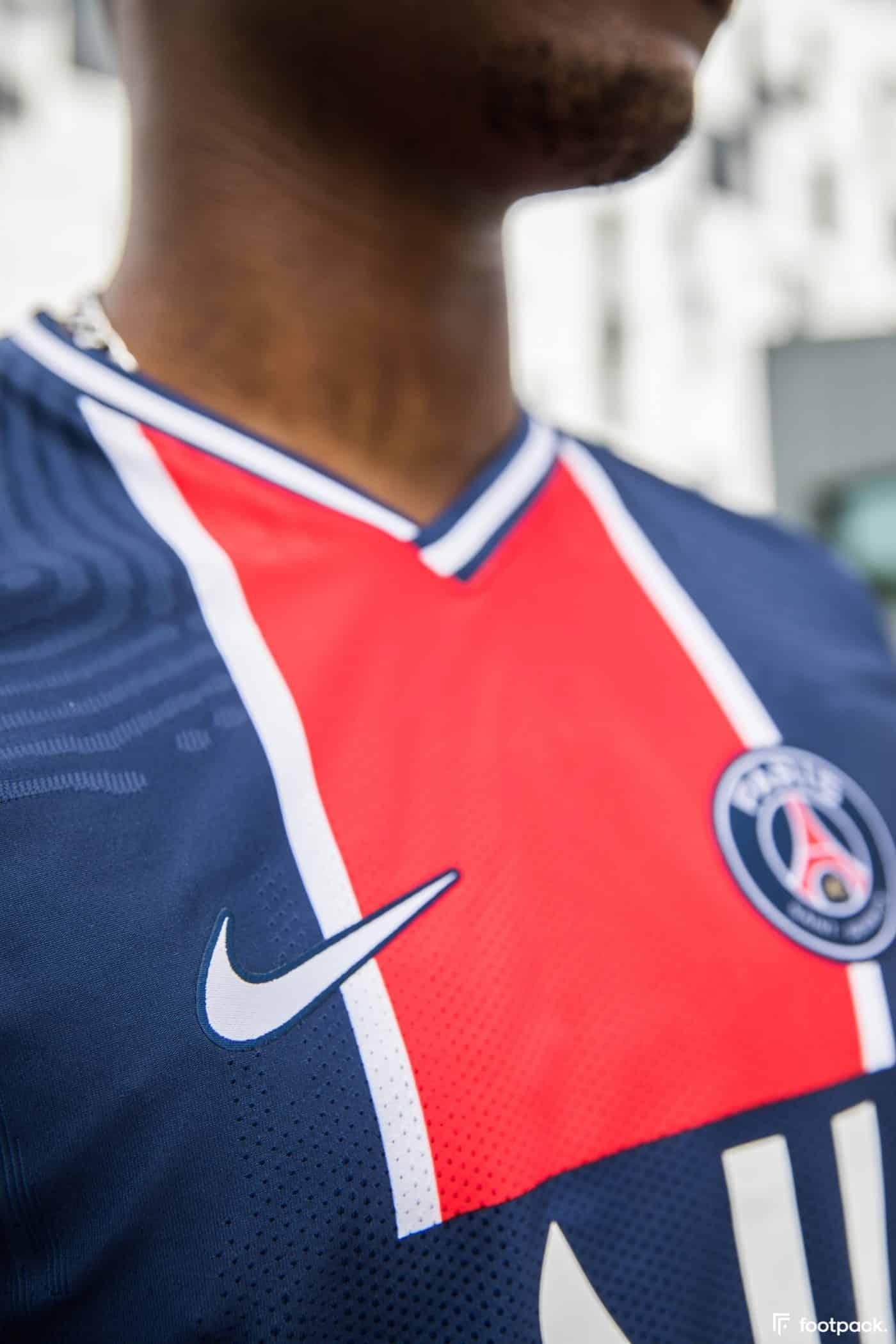 maillot-domicile-psg-2020-2021-nike-footpack-10
