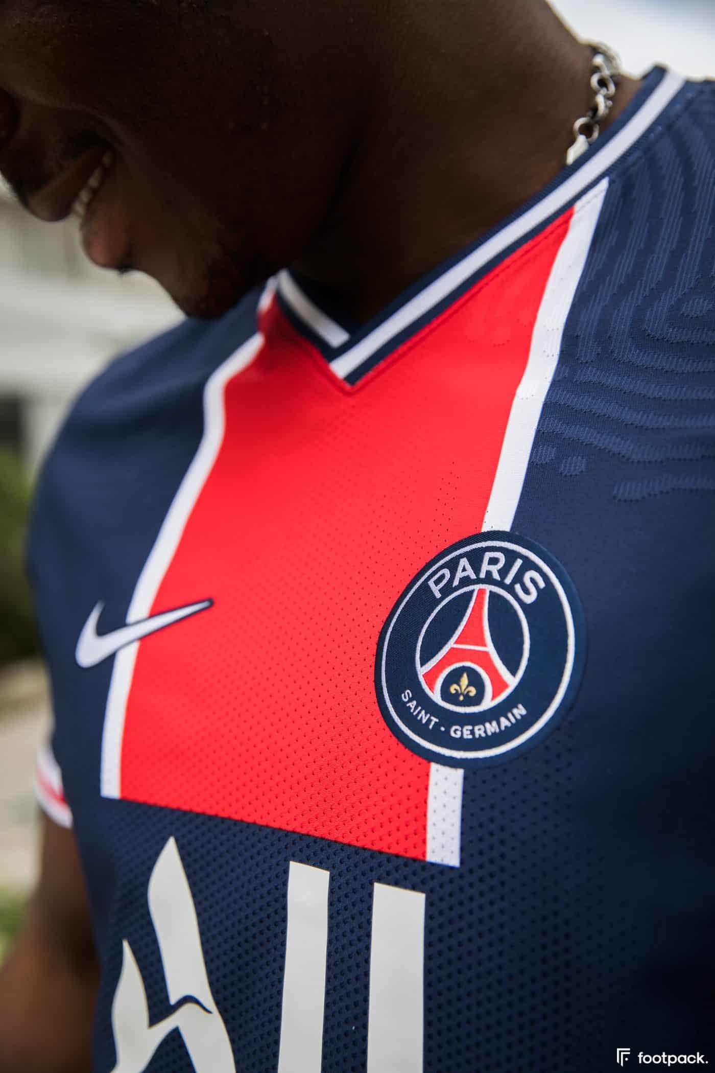maillot-domicile-psg-2020-2021-nike-footpack-12